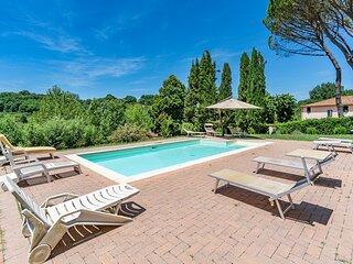 Stunning home in Terranuova Bracciolini with WiFi and 3 Bedrooms (ITA079)