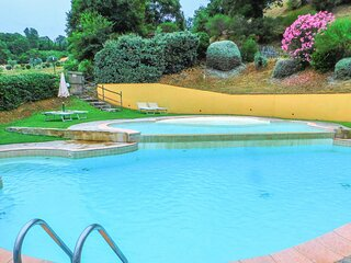 Awesome home in Scansano with Outdoor swimming pool, WiFi and 5 Bedrooms (ITG338