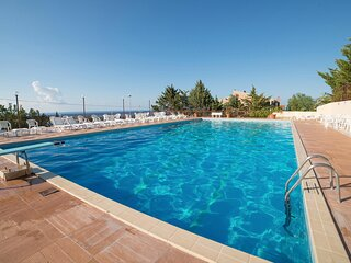 Amazing home in Trabia with Outdoor swimming pool, WiFi and 3 Bedrooms (ISP242)