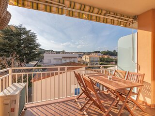 Apartment with terrace 600m from beach of S'Agaró