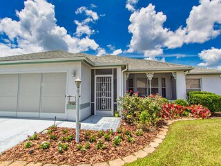 Villages FL vacation home with pool and golf cart