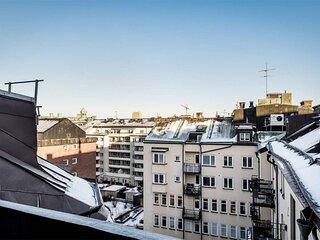 Vacker takvåning för 8 personer i centrum