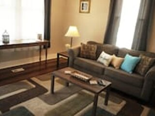 The Chattahoochee Cottage Walk to River & Shops, vacation rental in Columbus