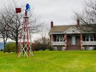 Blue Mountain Farmhouse