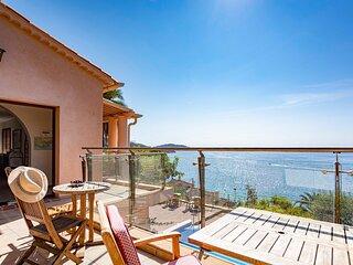 Villa Bagheera Azur Dream. OVERLOOKING the SEA ! Villa 29 km from ST TROPEZ