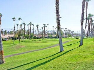 CHRY686 - Palm Valley Country Club Vacation Rental - 2 BDRM, 2 BA