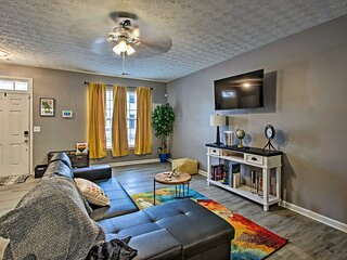 NEW! Bright & Cozy East Point Townhome w/ Patio!