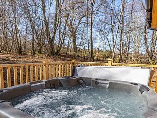 Monarch Lodge 13 with Hot Tub
