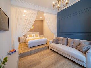 BlueSky Ultra-Central Premium Apartment