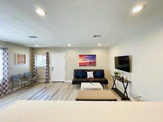 Perfect Duplex Close to Huntington Beach & Little Saigon