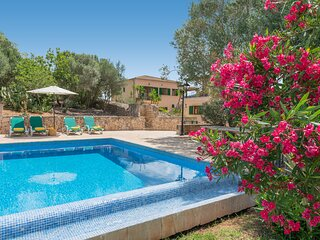 iIdeal villa privada Es Puig des Call con piscina para 18 personas!