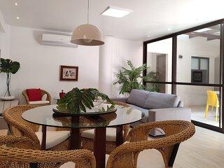 Apartamento de 4 quartos de frente para a praia