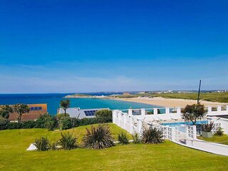 Offshore apartment with shared heated swimming pool