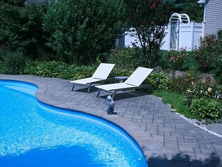 Large 4BR North Fork Home  heated Saltwater Pool Vineyards Farm Stands