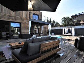 Luxury Villa for 8 people with private swimming pool