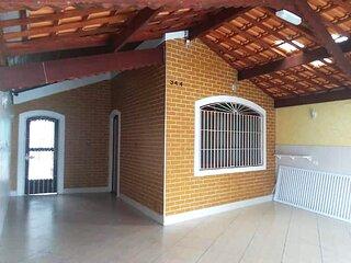 Casa c/ churrasq a 150m do mar na Praia Grande/SP