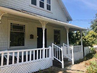 Cottonwood Farmhouse