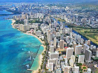 Enjoy Scenic Views & Iconic Waikiki Attractions Just Minutes Away! Parking, Pool