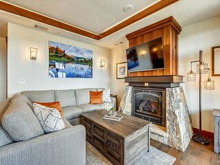 Ski inSki out Luxury Condo with Every Possible Amenity including Free Shuttle