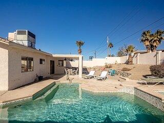 Desert Home w/ Pool & Spa Home, Minutes to Lake!