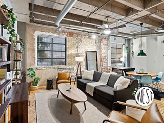 West Home I Central Midtown One of a Kind Brooklyn Style 2BD Loft