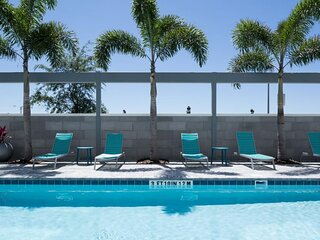 ORLANDO ESCAPE STARTS HERE! KING SUITE, POOL, BBQ