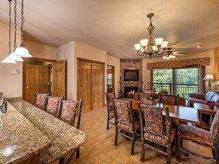 Cabin Styled Condo at Westgate Woods Resort With Many Amenities