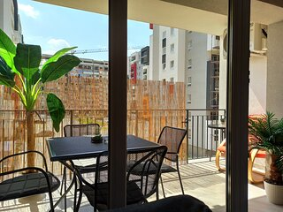Summer Vibes Condo - 4 Persons/free Garage parking