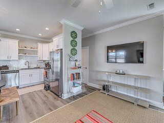 NEW! Morehead City Townhouse < 3 Miles to Beach!