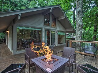 Cozy 'Hillside Hideaway' in Wintergreen Resort!