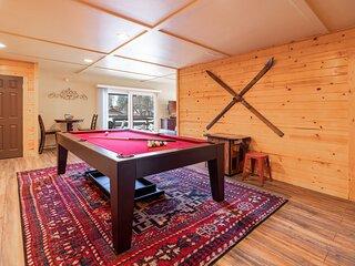 Moonridge Crib / Spacious Bear Mtn Retreat / Game Room w/ Pool Table