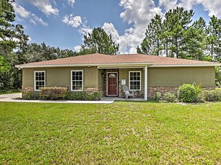 NEW! Cozy Ranch Home w/ Patio on St. John's River!