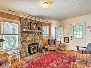 NEW! 'Momma Rhodes' Cozy Home Near Blue Ridge Pkwy