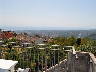 Casa panoramica a 2 passi da Taormina, Mare ed Etna