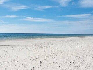New to Rental Market! Short Walk to Beach/2 Community Pools/Tennis Court/Nature