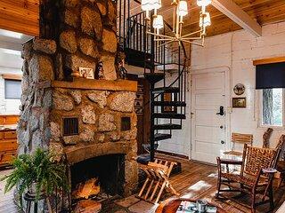 Lodge House at the Fireside Inn
