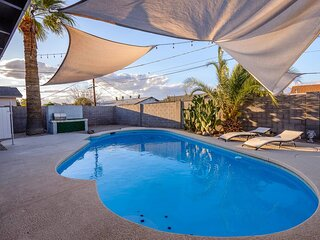 Old Town Scottsdale Spacious Pad with Pool