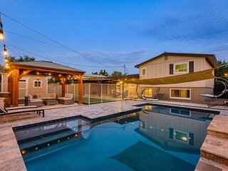 *New* Spacious OLD TOWN / Tempe Casa + Pool