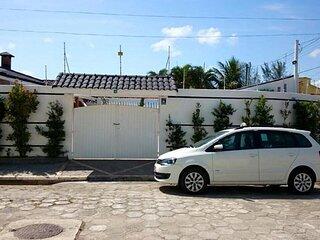 Casa em Itanhaém com piscina adulto e infantil