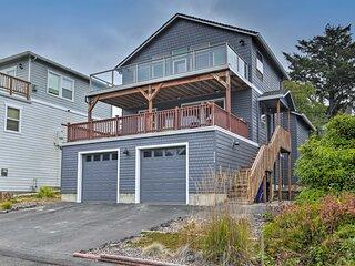 'Playa Del Happy' Coastal Home, Walk to Siletz Bay