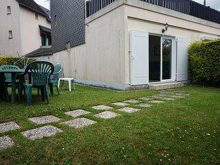 Rez-de-jardin pour 4 personnes a Cabourg