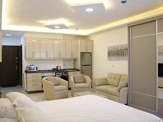 Amazing one Bedroom Apartment in Amman, Elwebdah 5