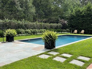 Steve's Place Well Furnished 3 BR Southold Home Heated Pool, Town Near Beach