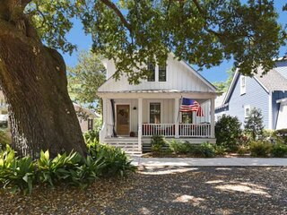 Newly Listed!! Only 3 Blocks From Downtown Southport Shops and Dining! Outdoor G