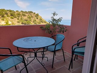 Comfortable appartment by marine national park, 5 minutes by foot from beaches.