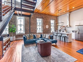 Large, Stylish Two-Story Loft Overlooking Broughton Street by Lucky Savannah