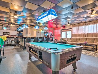 NEW! 'The Float Yard' Pensacola Home w/ Pool Table