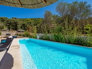 Stunning home in Miholascica with Outdoor swimming pool, Heated swimming pool an