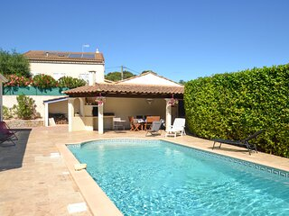 Amazing home in Montagnac with WiFi and 2 Bedrooms (FLH260)