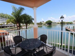 Pet Friendly, Waterfront End Unit, Huge Balcony, Free Wi-Fi/Cable, Pool, W/D - 2